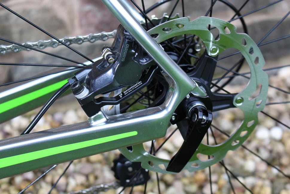Boardman Road Pro Carbon - rear disc.jpg