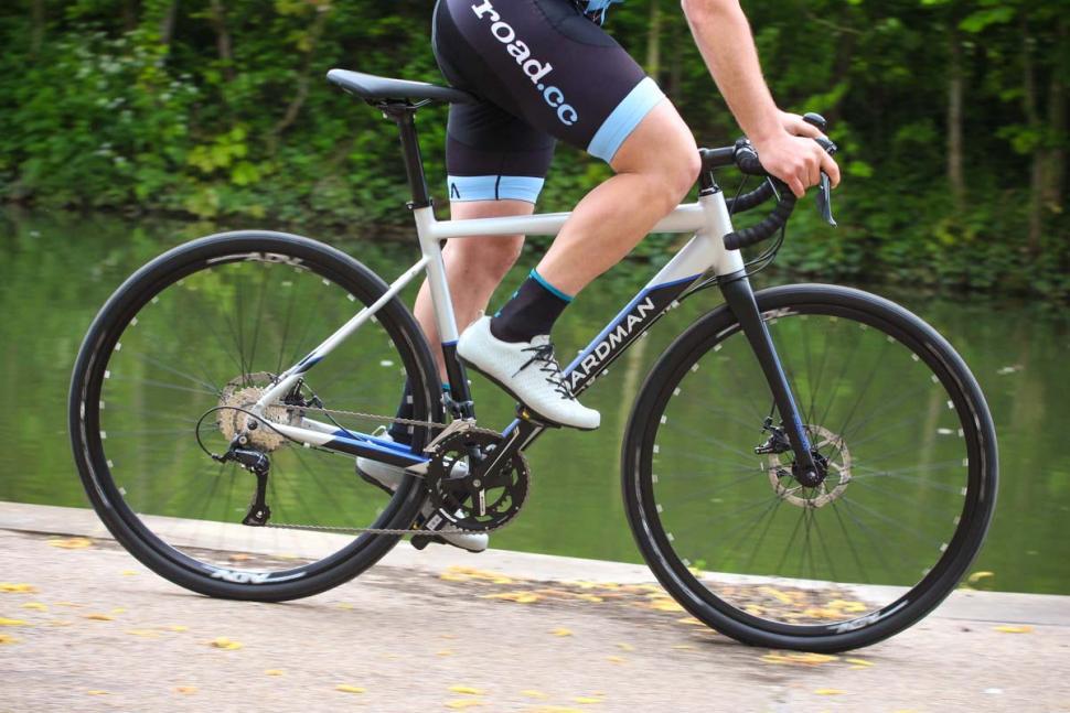 boardman_adv_8.8_-_riding_3.jpg