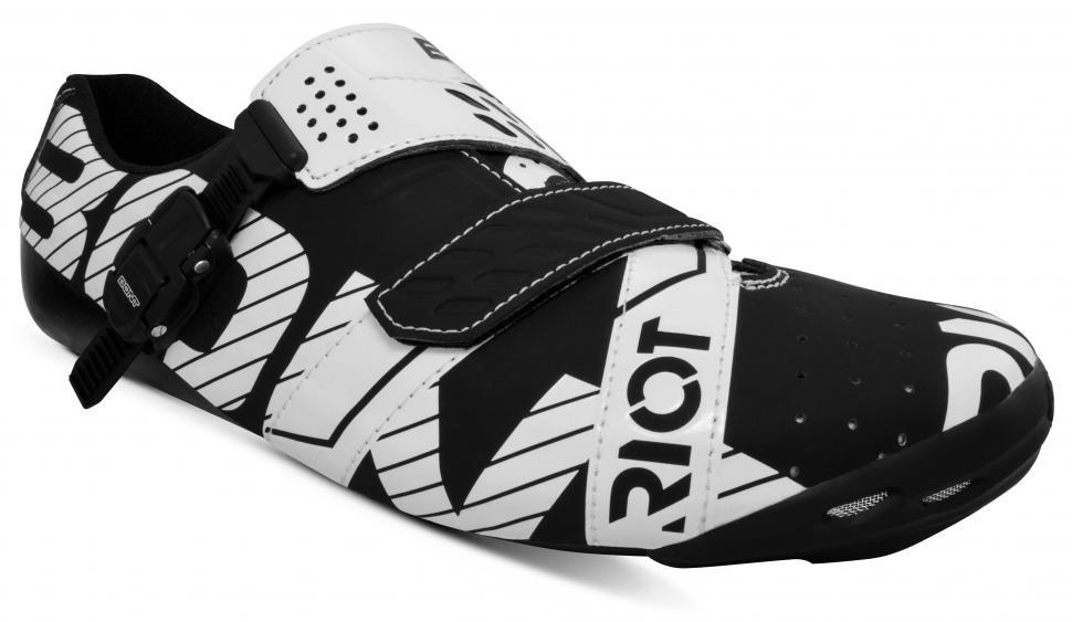 Bont Riot Buckle Black White-1