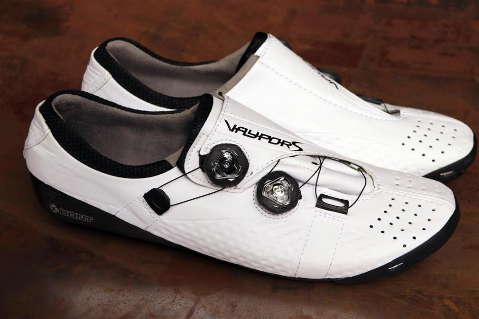 158aafb98ef Where can I find wide cycling shoes
