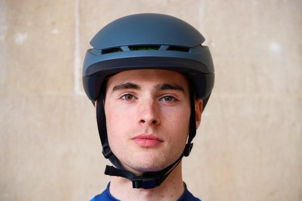 Bontrager Charge WaveCel Commuter Helmet - front.jpg