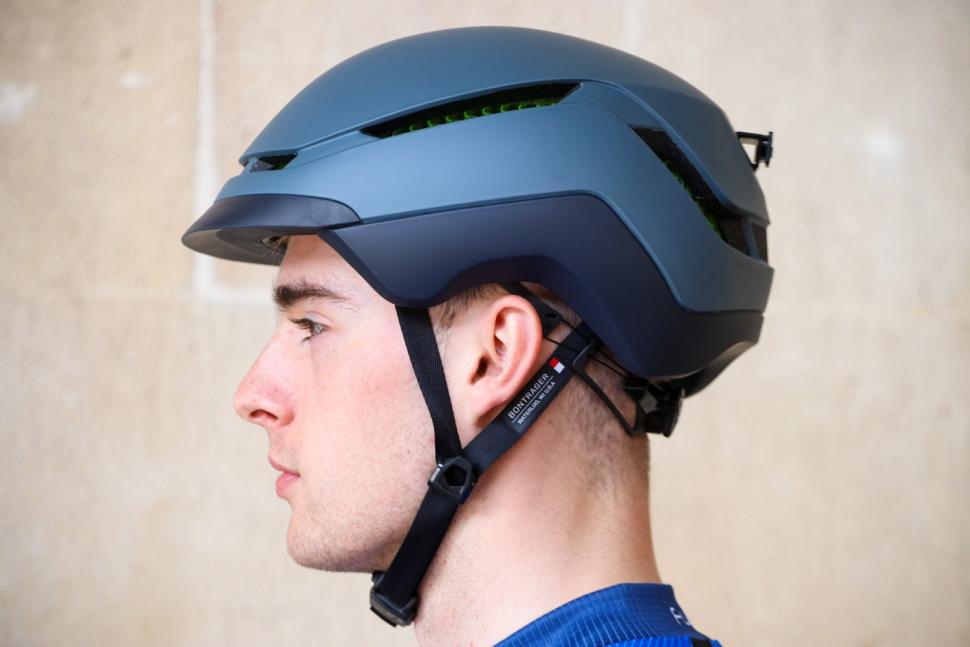 Bontrager Charge WaveCel Commuter Helmet - side.jpg