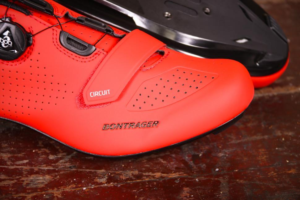 Bontrager Circuit shoes - toe.jpg