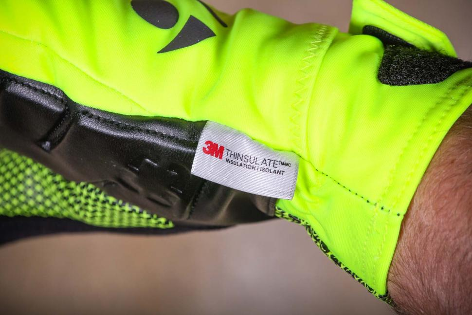Bontrager Velocis S1 softshell glove - thinsulate.jpg