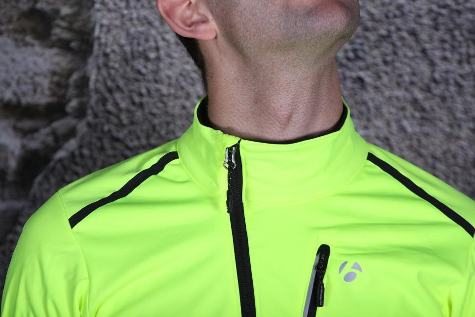 Bontrager Velocis S1 Softshell Jacket - collar.jpg