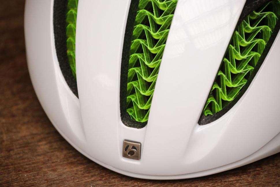 Bontrager XXX WaveCel helmet - front close up.jpg