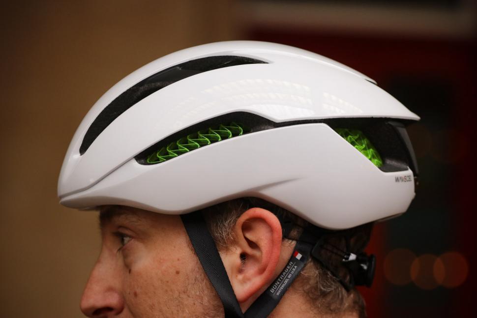 Bontrager XXX WaveCel helmet - side 3.jpg