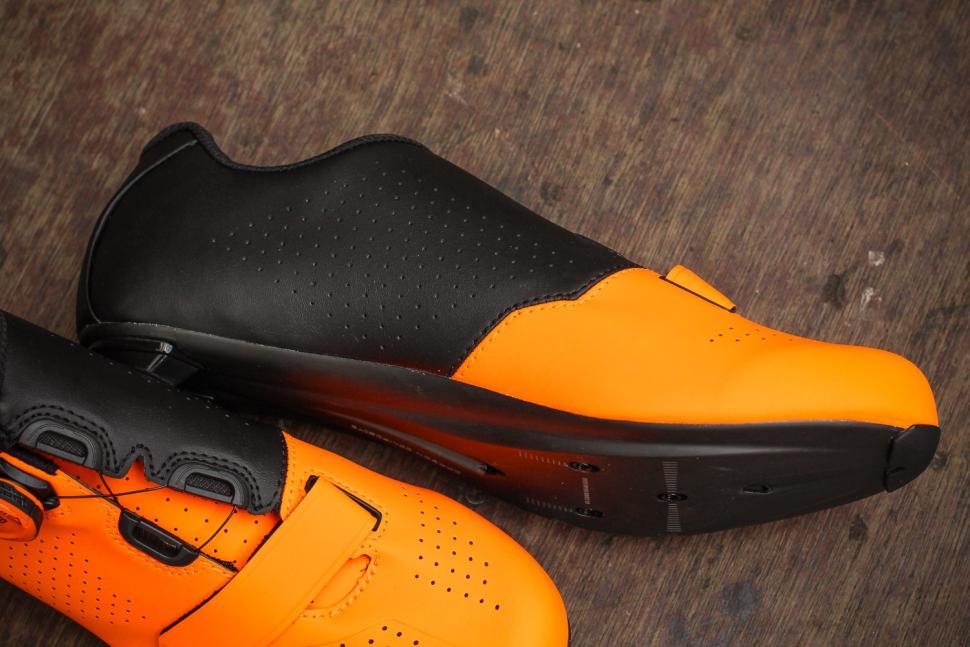 bontrager_velocis_road_shoe_-_instep.jpg
