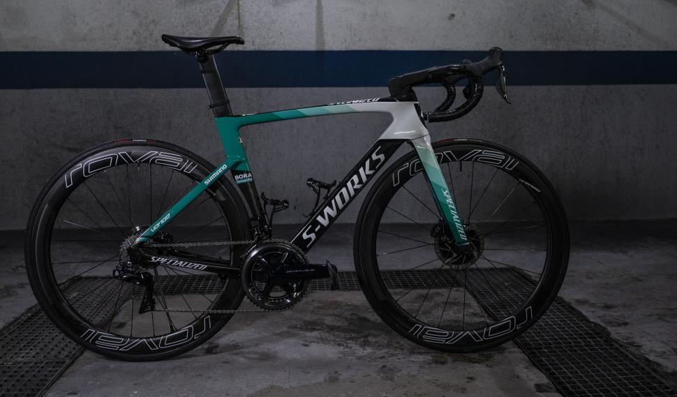 bora team bike
