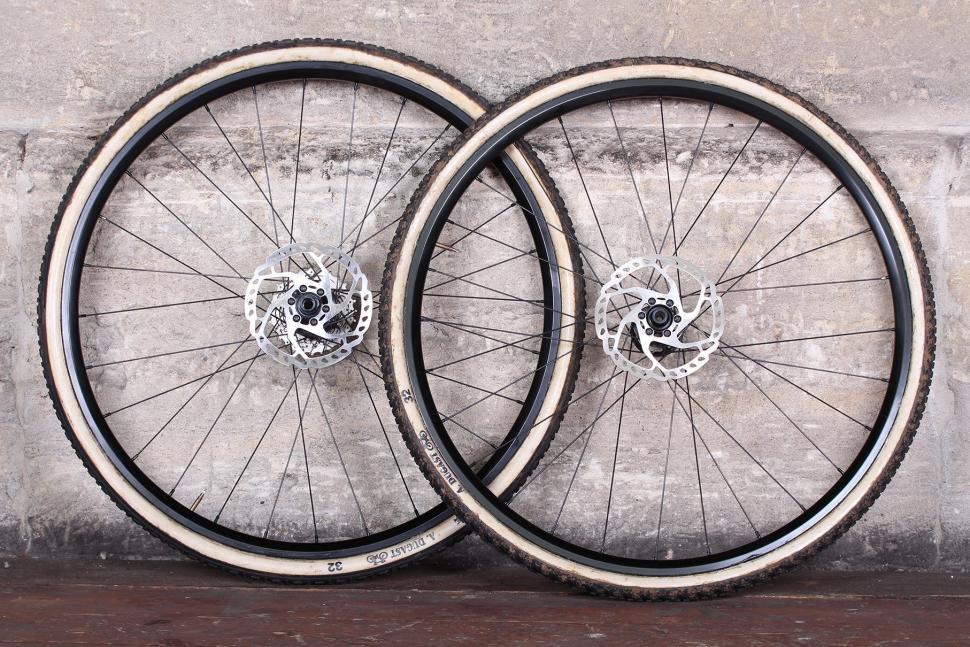 BORG22T Wheels.jpg