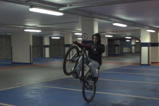 Bristol wheelie (via BBC News).JPG