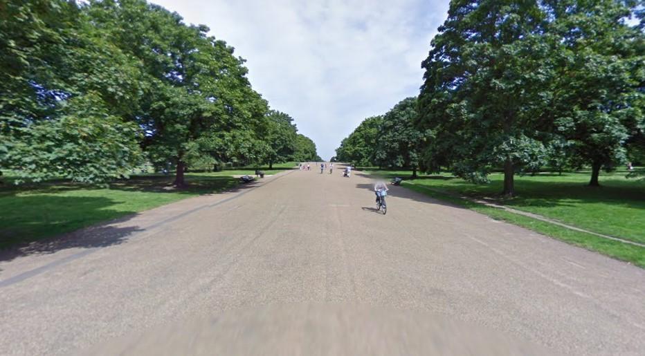 Broad Walk (via StreetView).jpg