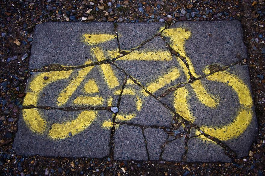 broken-bike (CC BY 2.) by Garry McKnight on Flickr)