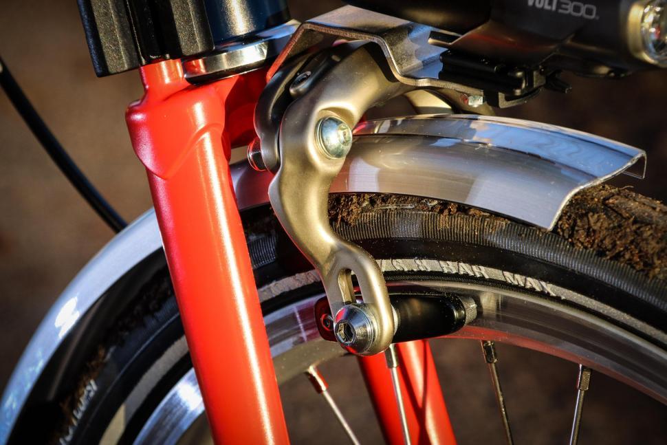 Brompton - front brake.jpg