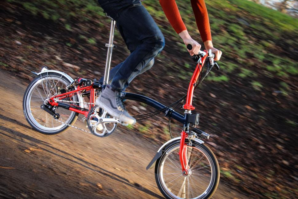 Brompton - riding 1.jpg