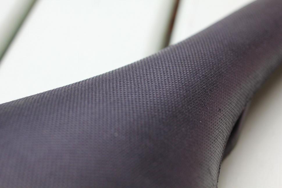 Brooks Cambium C13 carbon saddle - material detail.jpg