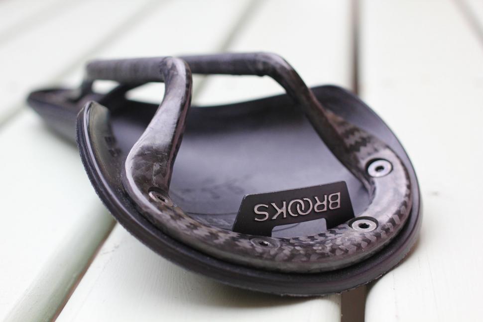 Brooks Cambium C13 carbon saddle - underside.jpg