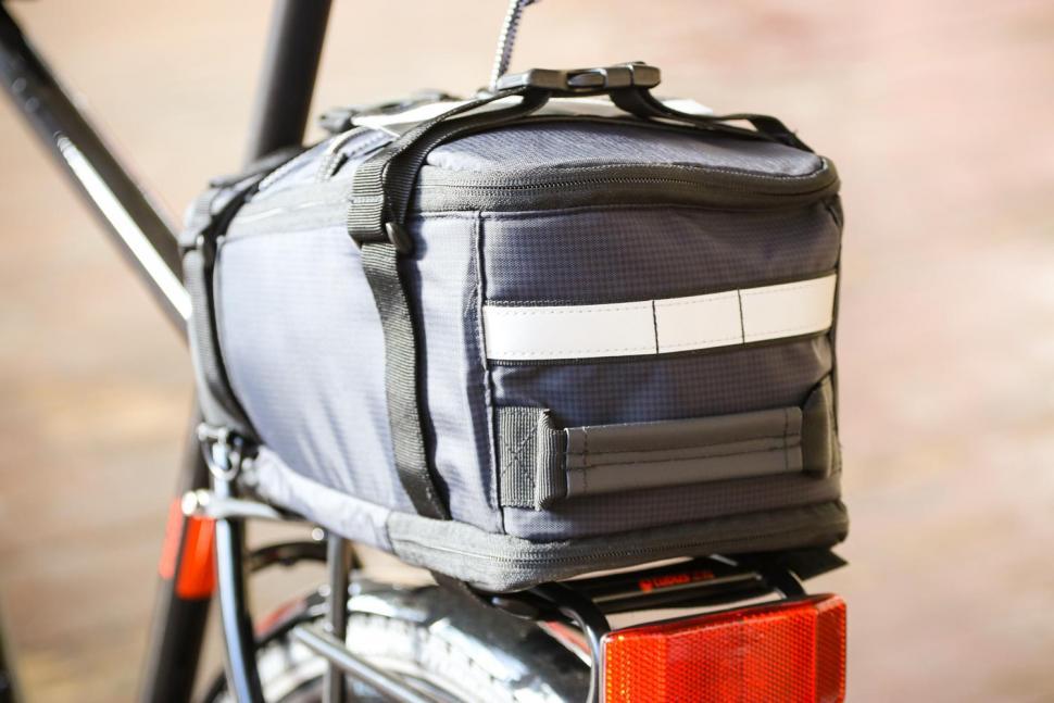 BTR Deluxe Rack Pannier Bike Bag - back.jpg
