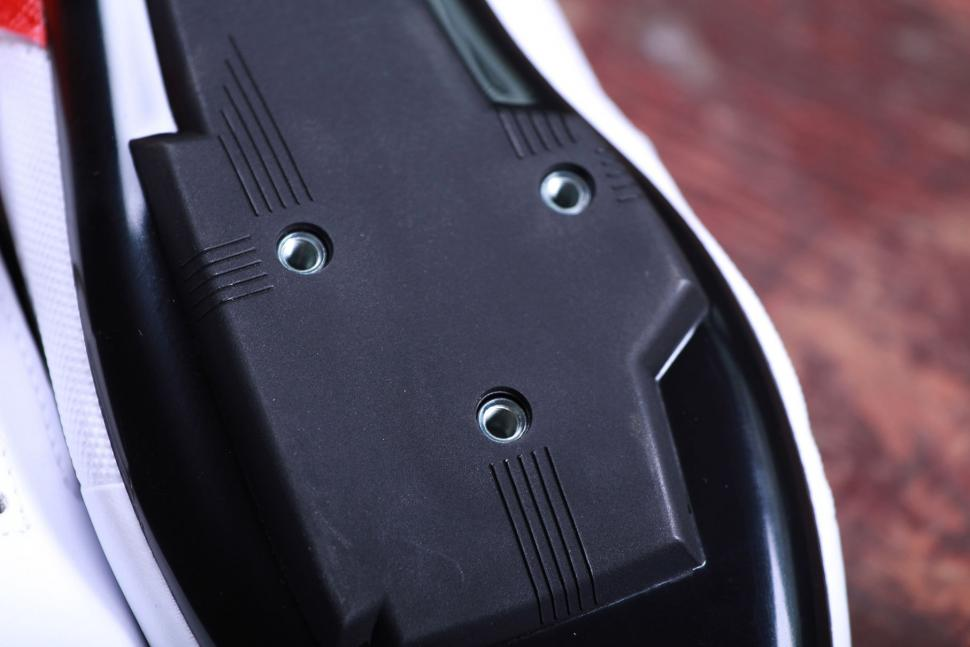 BTwin 500 Road Cycling Shoes - sole detail.jpg