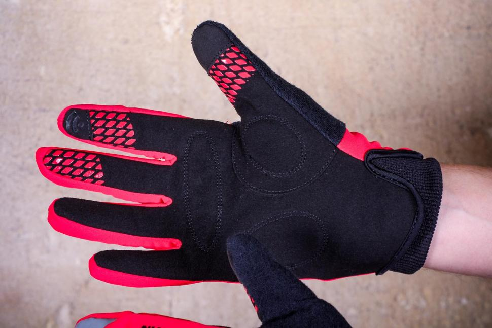 BTwin 500 Winter Cycling Gloves - palm.jpg