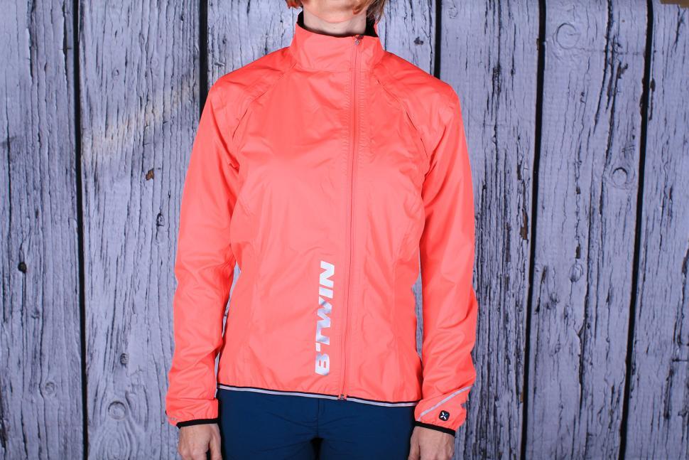 BTwin 500 Womens Waterproof Jacket.jpg