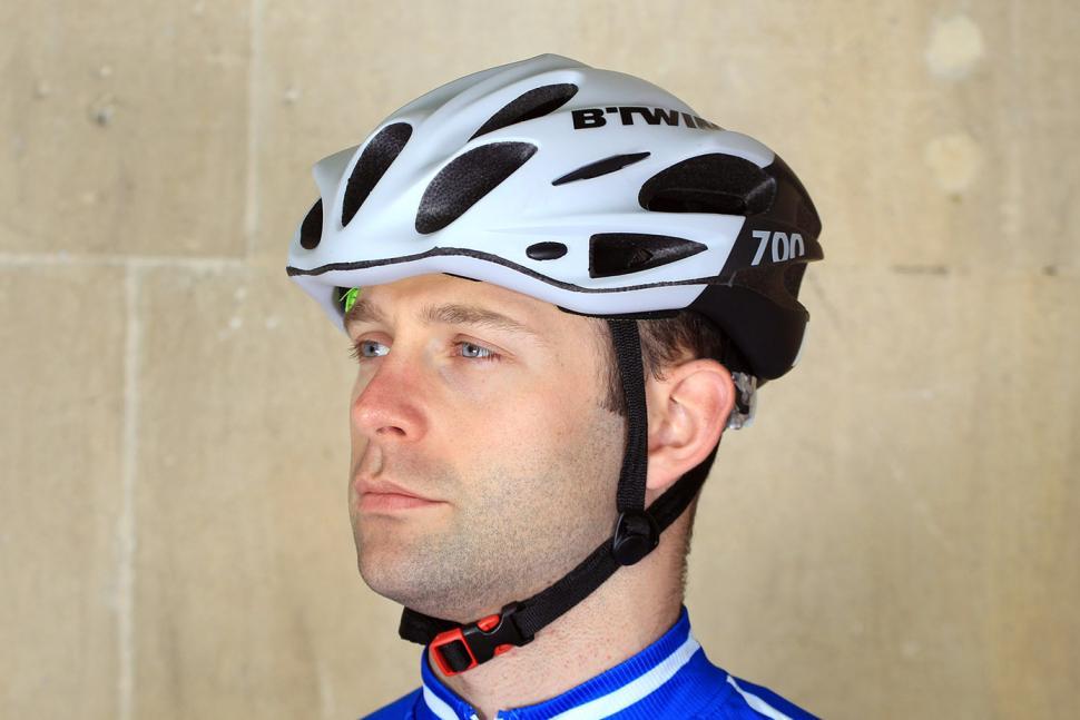 BTwin 700 Road cycling Helmet.jpg