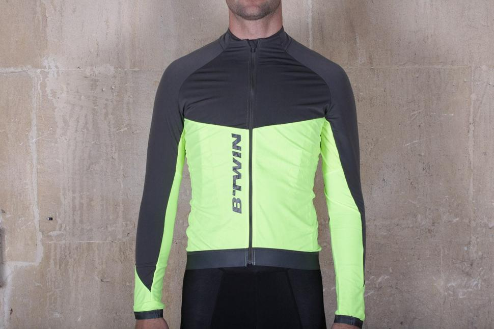 Review  BTwin 700 Warm Long Sleeve Cycling Jersey  c4e1480c6