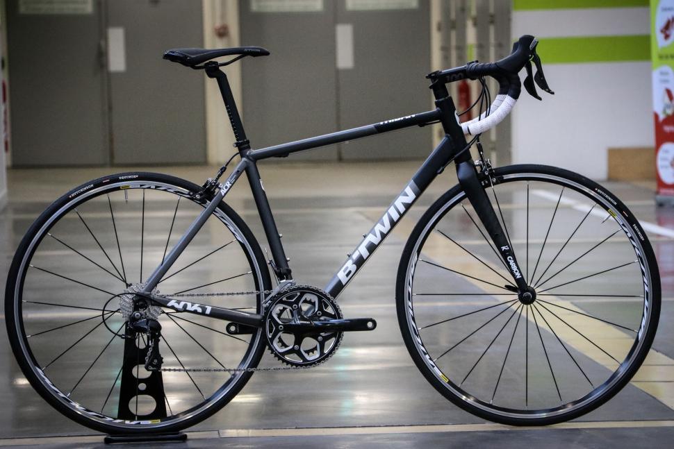 BTwin road bikes -44.jpg