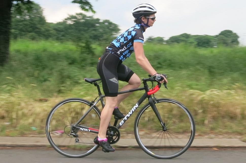 BTwin Triban 540 - riding 1.jpg