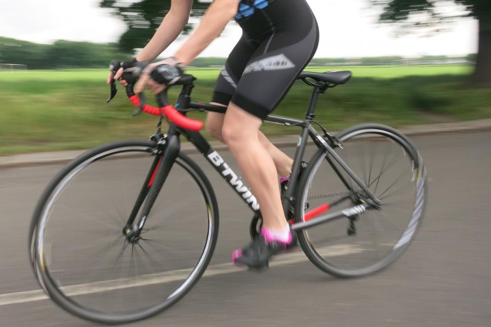 BTwin Triban 540 - riding 2.jpg