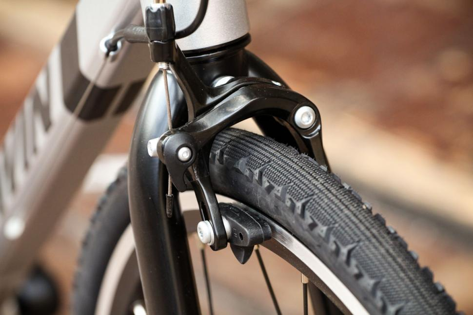 btwin_triban_100_-_front_brake.jpg