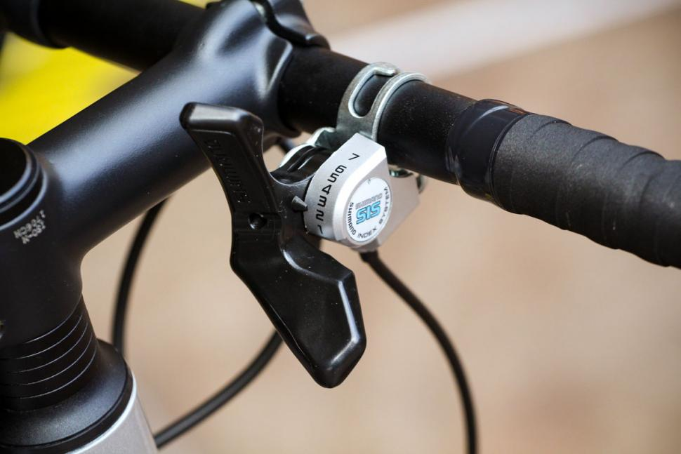 btwin_triban_100_-_shifter.jpg