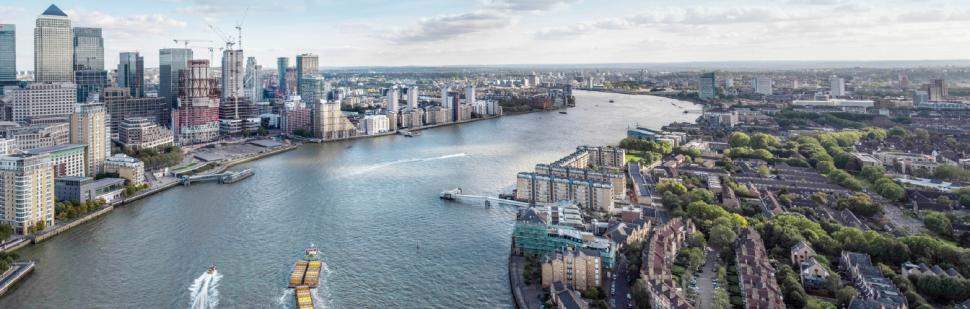 Caanary Wharf and Rotherhithe (picture via TfL).png