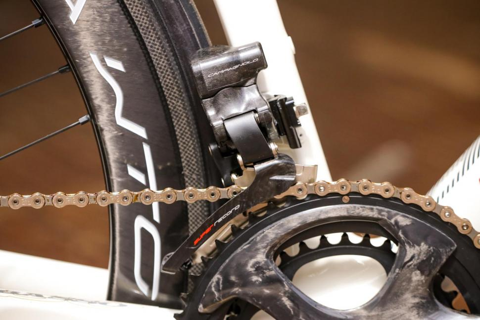 Campagnolo Super Record EPS 12spd groupset - front mech.jpg
