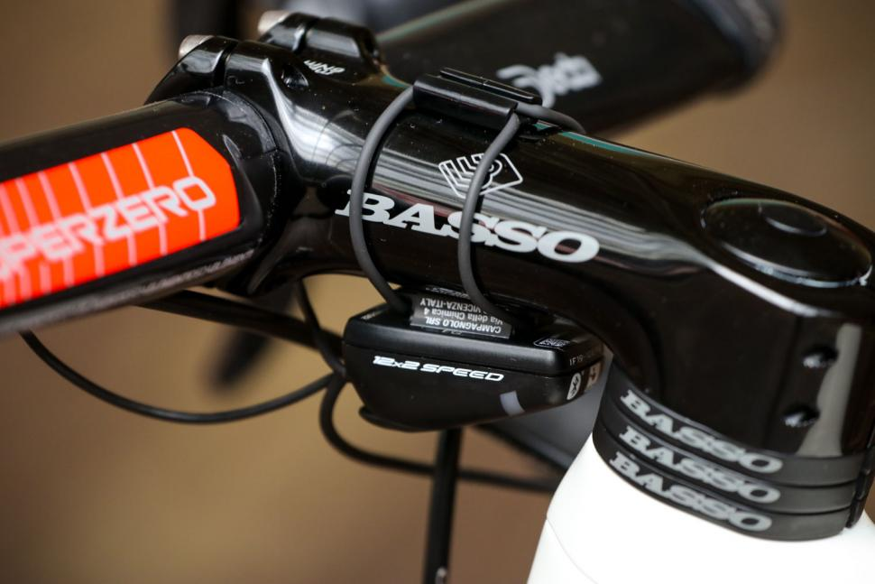 Campagnolo Super Record EPS 12spd groupset - junction box.jpg