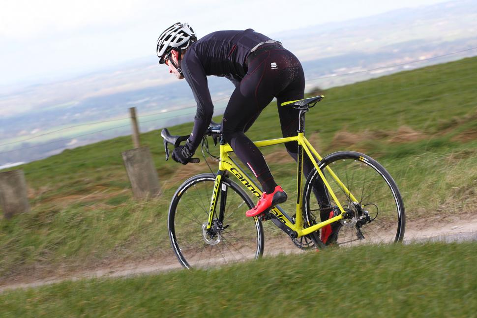 Cannondale CAAD12 Disc - riding 6.jpg