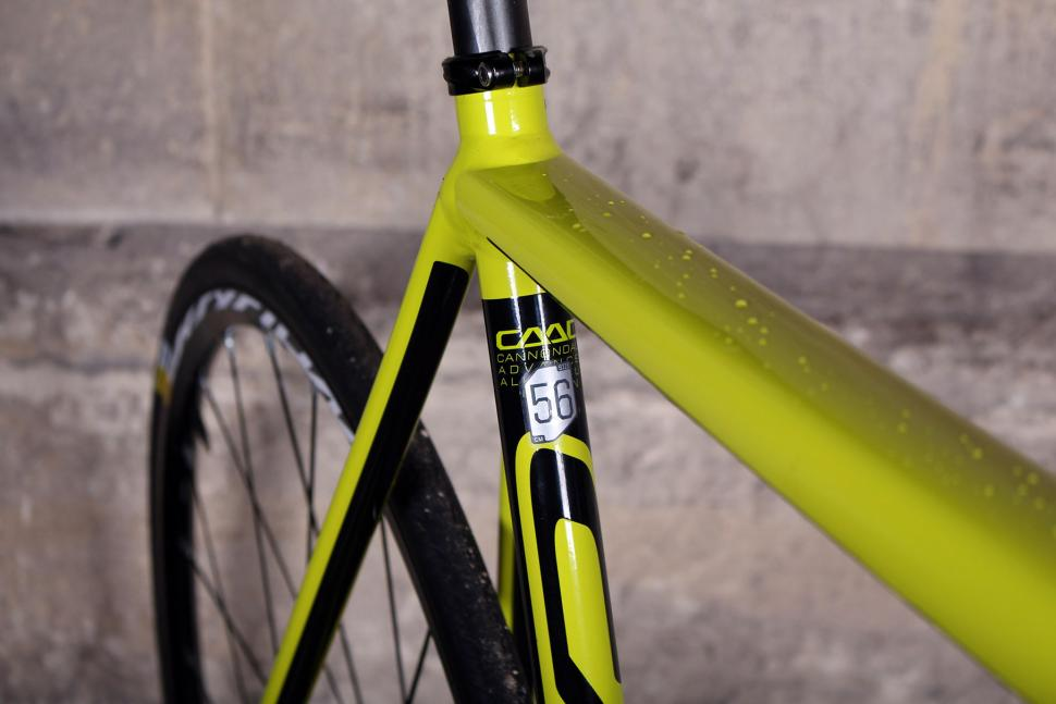 Cannondale CAAD12 Disc - seat tube detail.jpg