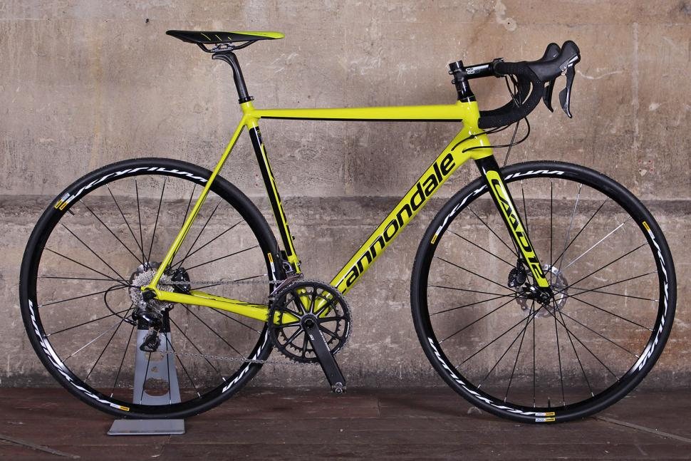 Cannondale CAAD12 Disc.jpg