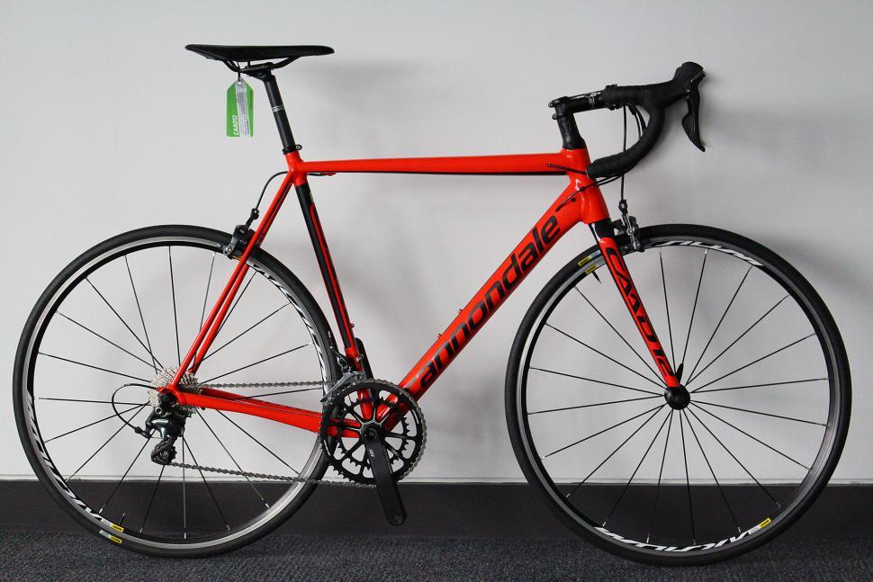 Cannondale CAAD12 Ultegra 3 - full bike.jpg