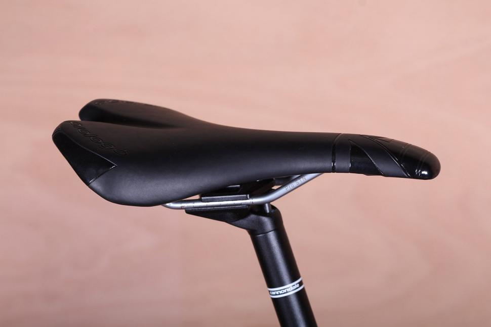 Cannondale SuperSix Evo 105 - saddle.jpg
