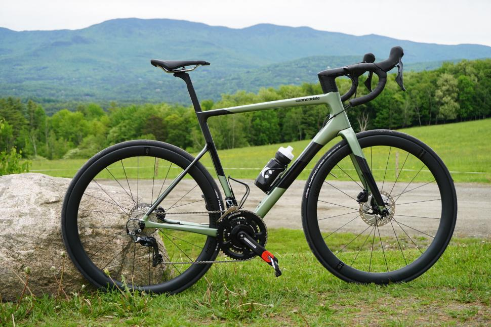 cannondale supersix evo 2020 first look2.JPG