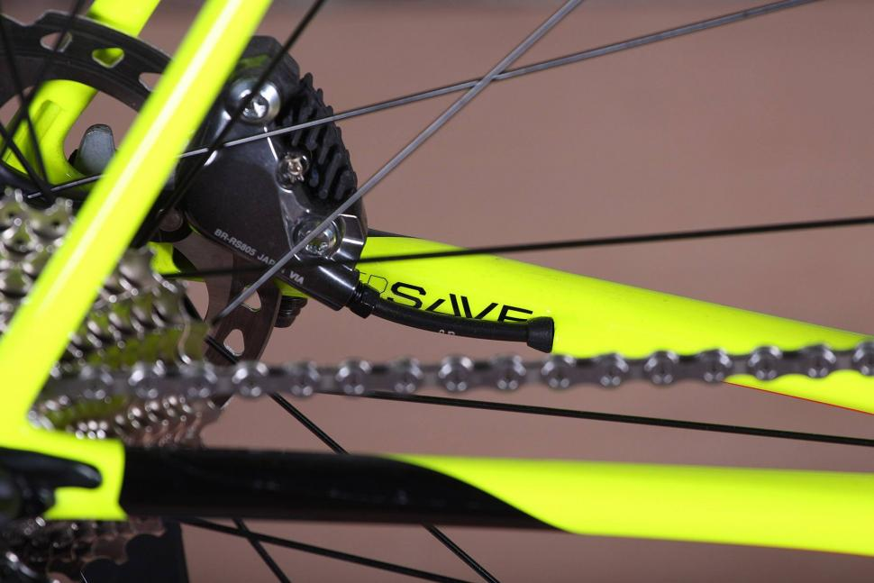 Cannondale SuperSix Evo Disc Ultegra - chain stay detail.jpg