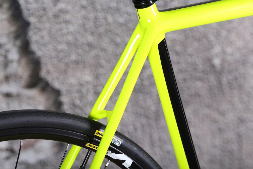Cannondale SuperSix Evo Disc Ultegra - seat stay.jpg