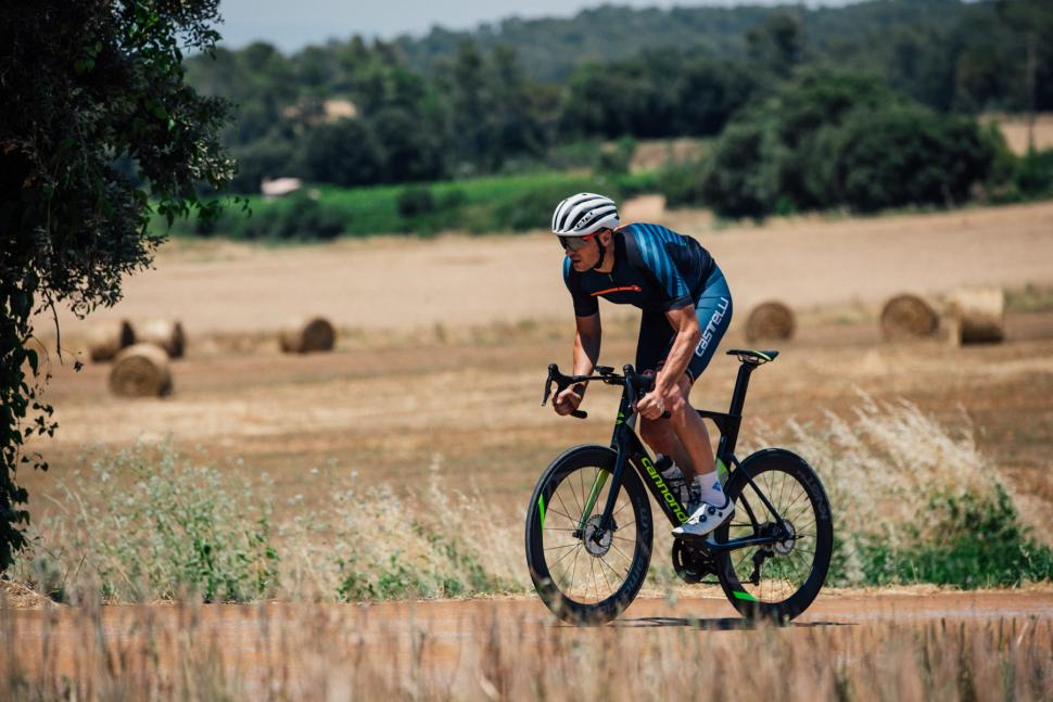 cannondale_systemsix_2019_action_mat_-_7.jpg