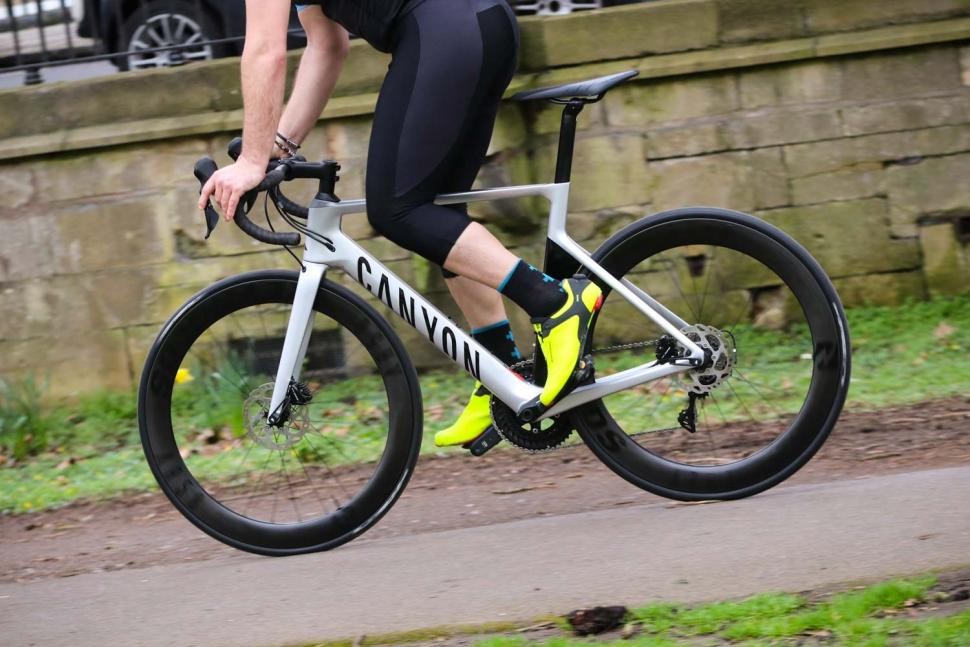 Review: Canyon Aeroad CF SL 7 0 | road cc