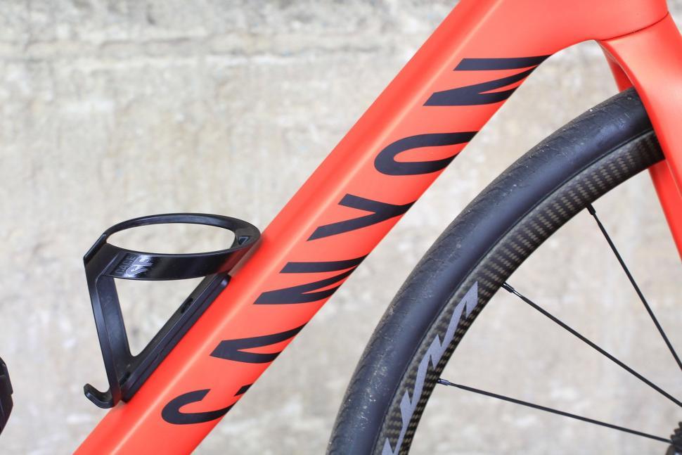 Canyon Endurace CF SLX - down tube.jpg