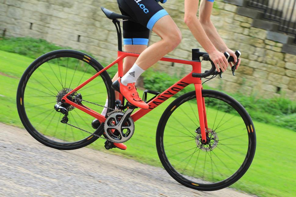 Canyon Endurace CF SLX - riding 1.jpg