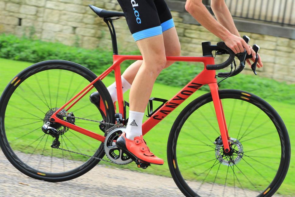 Canyon Endurace CF SLX - riding 3.jpg