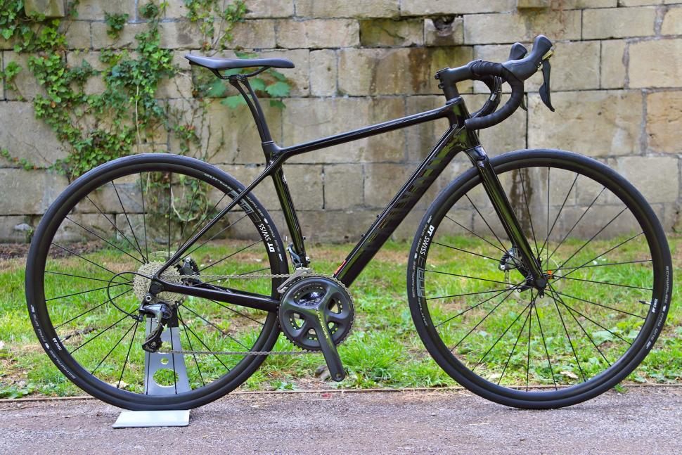 Canyon Endurace WMN CF SL Disc 8.0.jpg