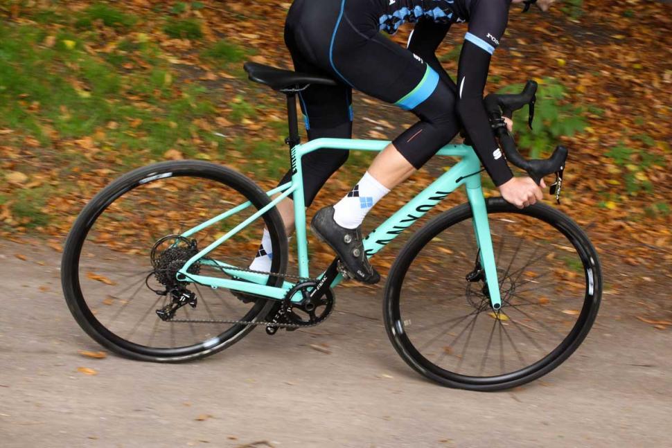 Canyon Inflite AL SLX 6.0 Race - riding 3.jpg